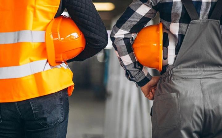 Evaluar y controlar los riesgos derivados de las condiciones de seguridad